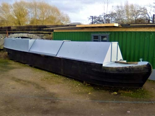 58ft project trad narrowboat needing complete fit out