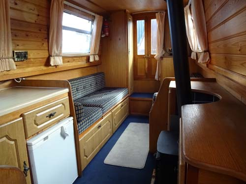 Piper 37ft cruiser stern fitted out by Venetian narrowboat